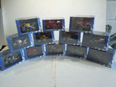 Atlas - Scale 1/24 - Lot with 12 x Motorcycle models
