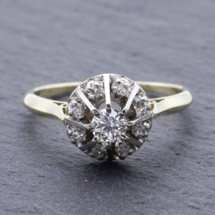 14k entourage ring set with diamonds - 0.35 ct in total
