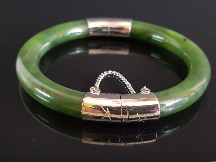 Bangle - bracelet made of jade with safety chain, circa 1950 - 1960