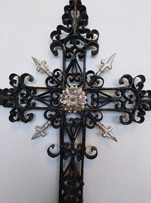 Artisan wrought iron and bronze cross - late 19th century