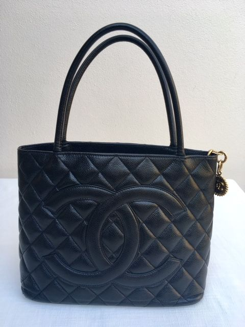 Chanel - Black Quilted Caviar Leather Medallion  Tote bag