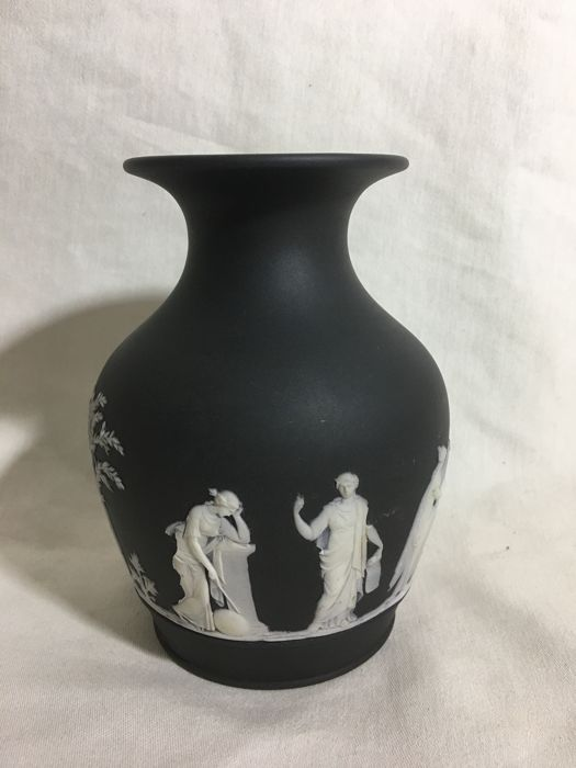 Wedgwood Jasperware Black Basalt Vase With A Special Mythological