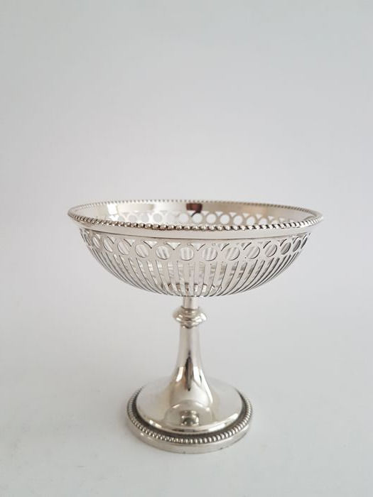 Silver plated chocolate tray on foot - open-work - with pearl rim