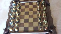 Italian chess of silver and bronze and fine woods with  board of real leather made by hand