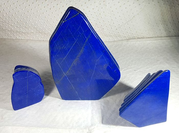 Lot of Step & Self standing Lapis Lazuli Tumbles ( 3 ) - 260 to 25mm - 4480Gm