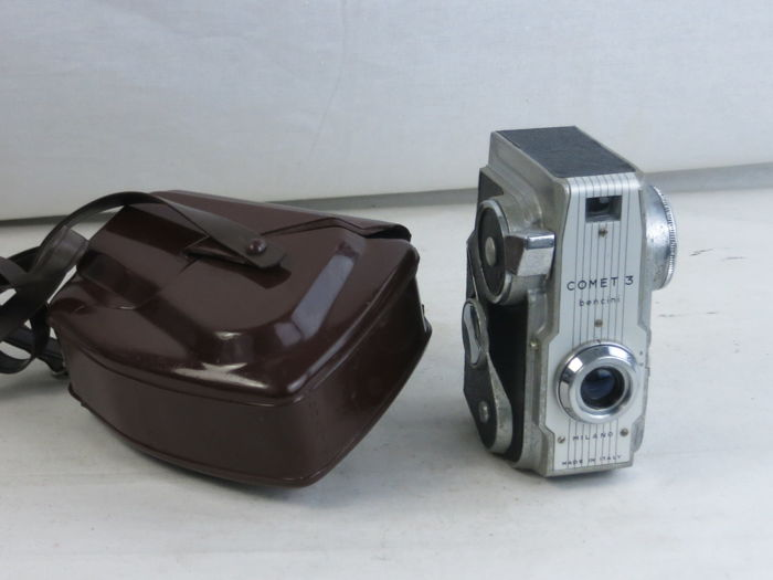 Bencini COMET 3, III,.Unusual 3x4cm rollfilm camera styled vertically like a movie camera.EXC++