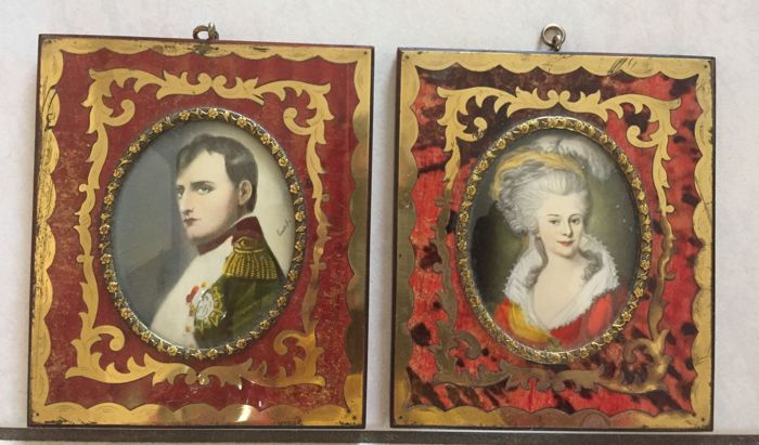 Pair of miniature portraits with depiction of Napoleon and a ...