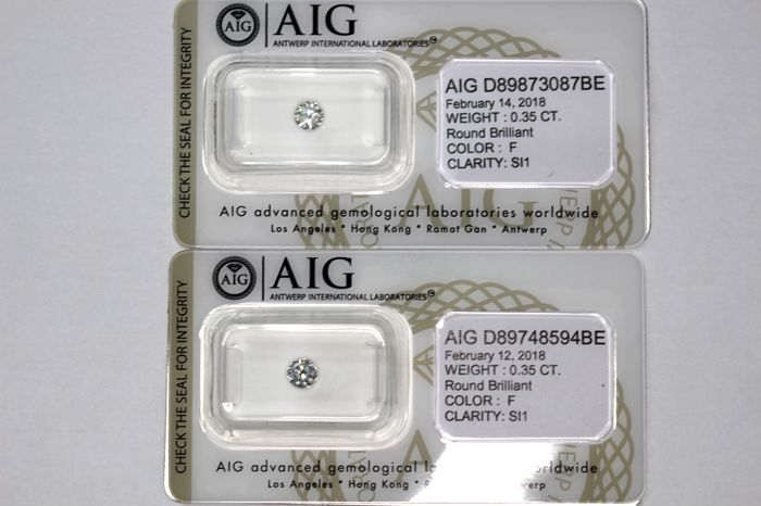 Unique lot of 2 Diamonds - Total Carat weight 0.70 ct - F, SI1