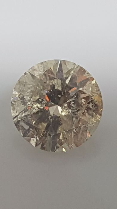 1.68 ct - Round Brilliant - White - J / SI2