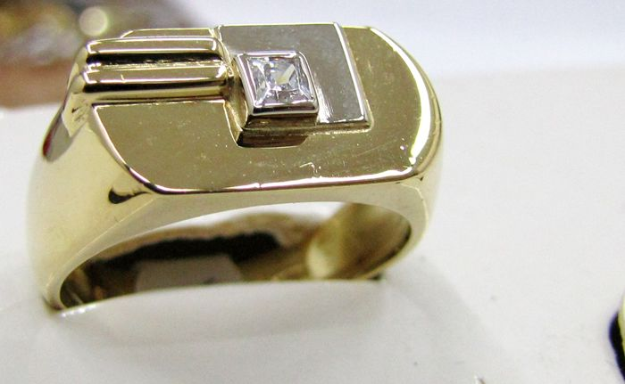 Ring in two-tone 18 kt gold with princess cut diamond,  0.07 ct, made in Italy
