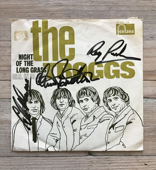 """The Troggs: signed single """"Night of the long grass"""""""