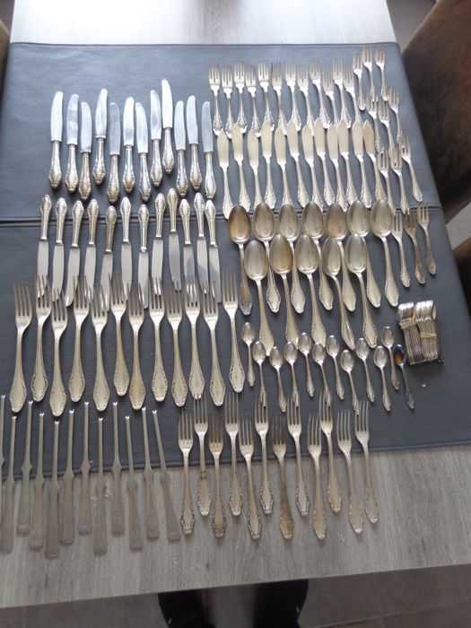 Jager Solingen 144 Piece Heavy Silver Plated Art Nouveau Cutlery