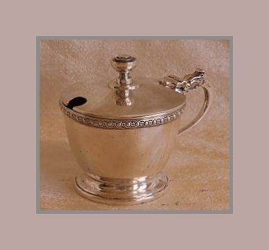 Sterling silver George VI mustard pot w/ blue glass liner, Docker & Burn, William Suckling Ltd., Birmingham, 1947