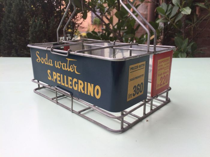 Advertising bottles basket - San Pellegrino Orange Soda - 1960s