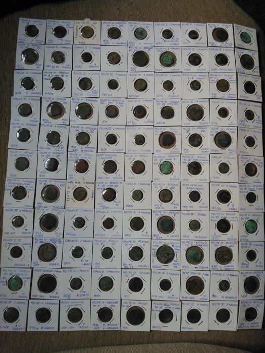 Spain - From Reyes Católicos to Carlos II,and Felipe V - Lot of 99 Coins - classified in their covers