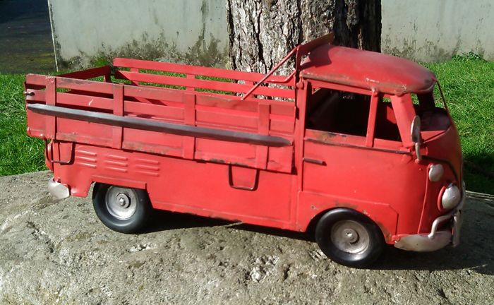 VW T1 pickup truck tin model
