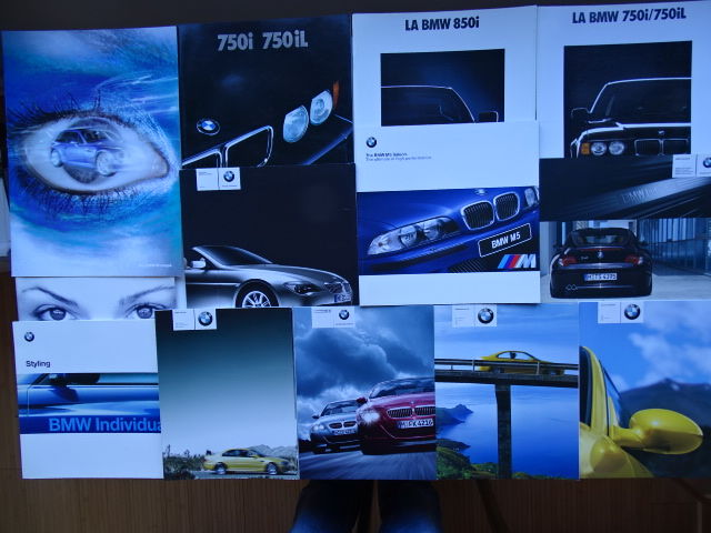 1988 - 2006 - B.M.W. 750i, 750iL, 850i, Z4 Individual, M3, M Coupé, M5 V8, etc - Mixed lot of 12 original sales brochures