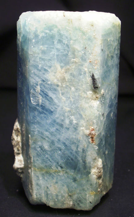 Good size aquamarine crystal - 6,3 x 3 x 2,4 cm - 107 gm