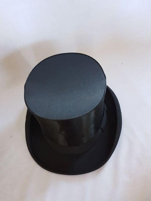 Silk Top Hat with Box - Germany