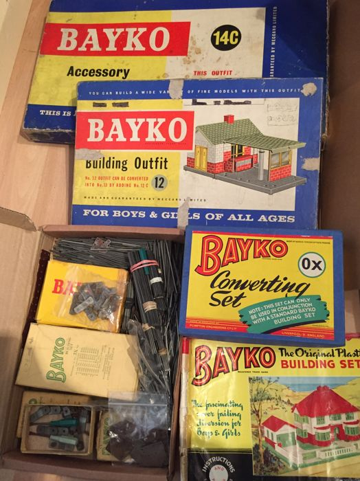 Bayko building sets