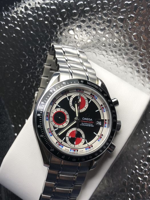 Omega - Speedmaster Black Red Dial Chronograph  - 3210.52 - Heren - 2011-heden