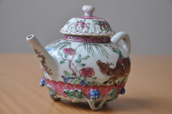 Beautifully decorated Chinese teapot