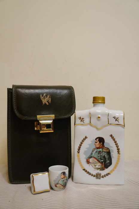 Cognac Otard Extra Fine Napoléon Gift Set, A China Wine Cup Included