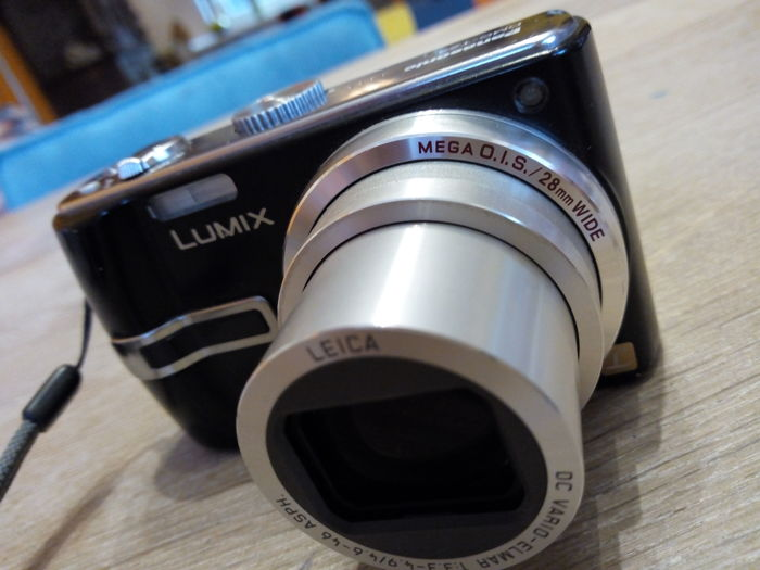 Panasonic LUMIX LEICA lens DMC-TZ3 perfect quality camera