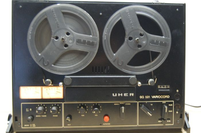 Vintage Uher SG521 bandrecorder met tapes