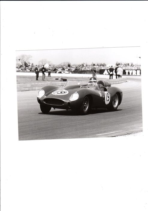 3 x photographs 1958 Sebring  Hill/Collins/Hawthorn/Tripps/Musso Silverstone Hawthorn Ferraria