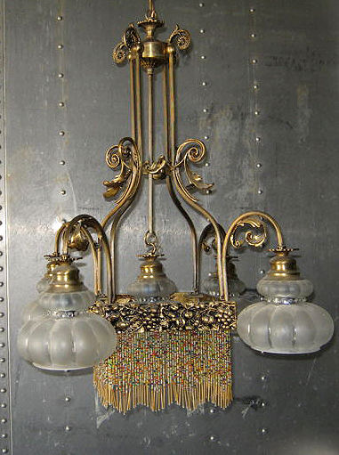 Wonderful gilt brass five light chandelier, Italy, 1940s