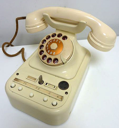 Stylish phone, office desk telephone, ivory colour, by Siemens Brussels 1955