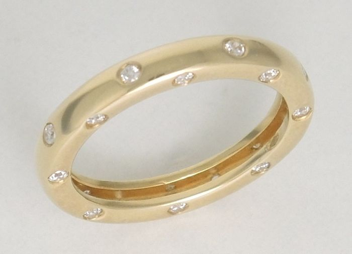 18kt gold memory band ring with cubic zirconia – 4,90 gr – size 54
