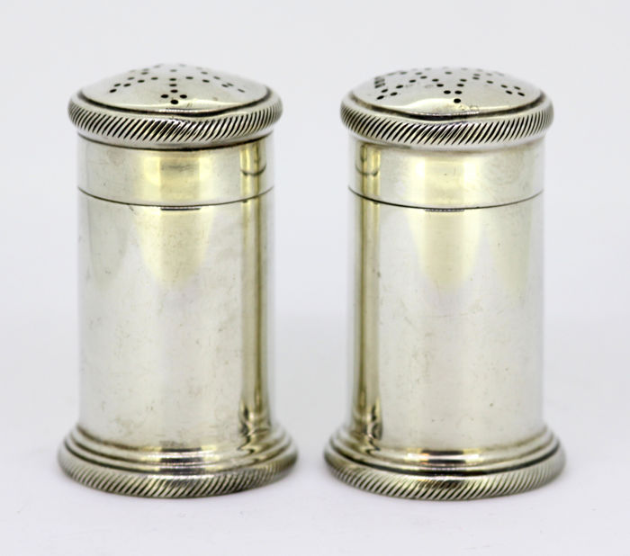 Sterling silver salt & pepper shakers - Theodore Rossi - London - 1932