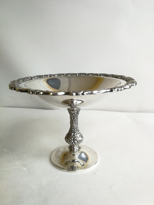 Centrepiece plate with decorated edge - with stand - silver plated
