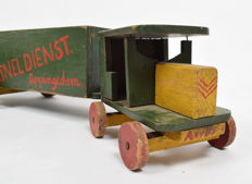 Manufacturer unknown - Handmade wooden lorry with trailer