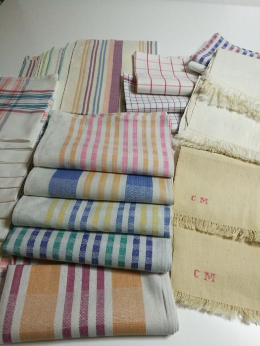 32 antique loom-woven cotton and linen cloths