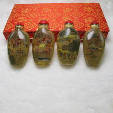 A set of snuff pots. Theme: Qingming festival. Size: 7.6-3.8cm.