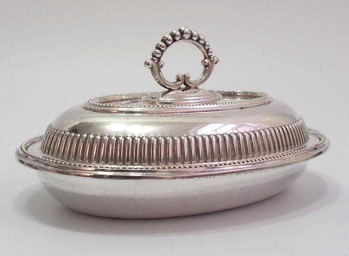 Fine Quality Small Entree Dish By Alfred Lindley, England
