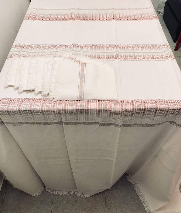 Large old traditional basque tablecloths with woven ornament and 9 towels