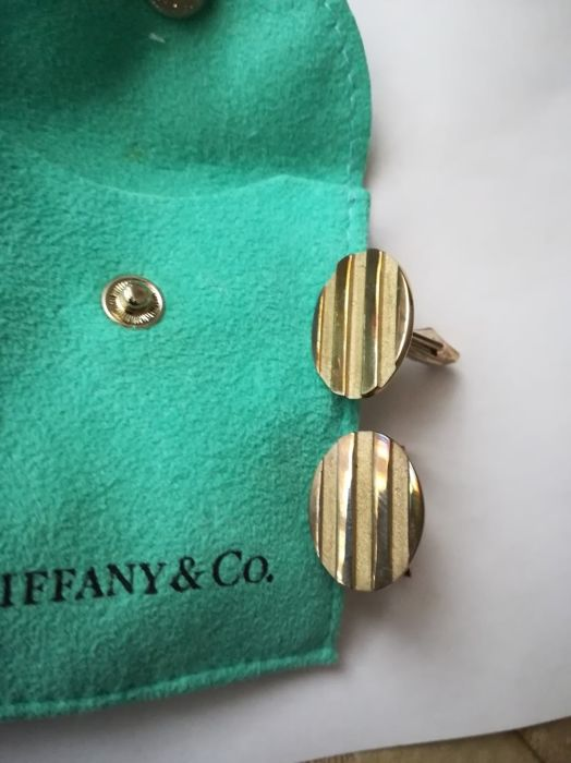 TIFFANY & CO silver cufflinks, oval-shaped, rare and precious