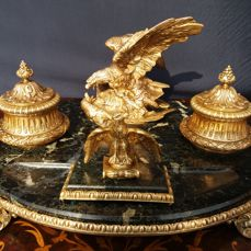 Antique marble inkstand with gilt bronze eagles - Empire style - Italy, ca. 1900