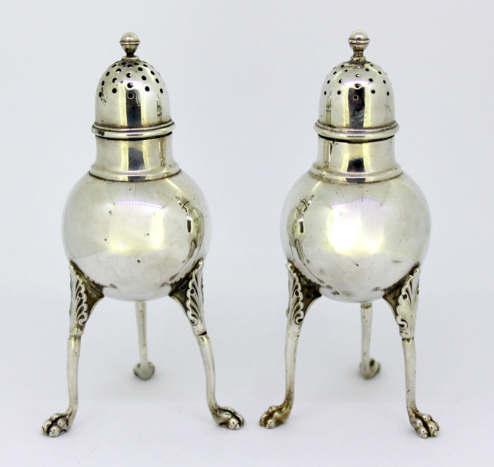 Salt & Pepper shakers (2) - .925 zilver - Tiffany & Co by Edward.C.Moore  - V.S. - Midden 19e eeuw