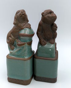 2 ceramic statuettes - China - late 19th century
