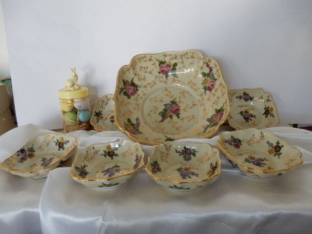 Very nice old flower service for fruit salad with 6 cups and ladle porcelain - romantic decor - Mid 20th century - France