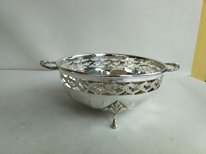 Centrepiece bowl with openwork decoration and handles - silver plated by Bh