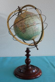 Globe with brass meridian rings - beautiful old globe after model Weber Costello 1921