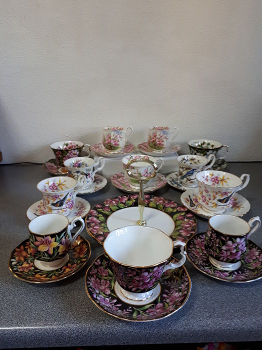 Royal Albert, Kop en Schotels, Petit Fours schaal.