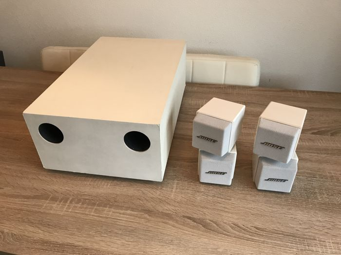 Witte BOSE ACOUSTIMASS 5 SERIES 1 speakersysteem