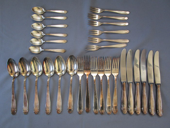 WMF - model: 3300 - Design Kurt Mayer - cutlery (30 pieces) - silver plated - heavy quality approx. 1,750 kg - like new